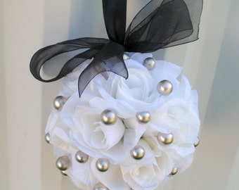 Flower girl pomander Wedding flower balls white black silver Wedding ceremony decorations