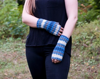 Wrist warmers fingerless gloves hand knit in blue gray stripes autumn accessory