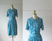 vintage early 1960s dress / 60s day dress / Blue Roses