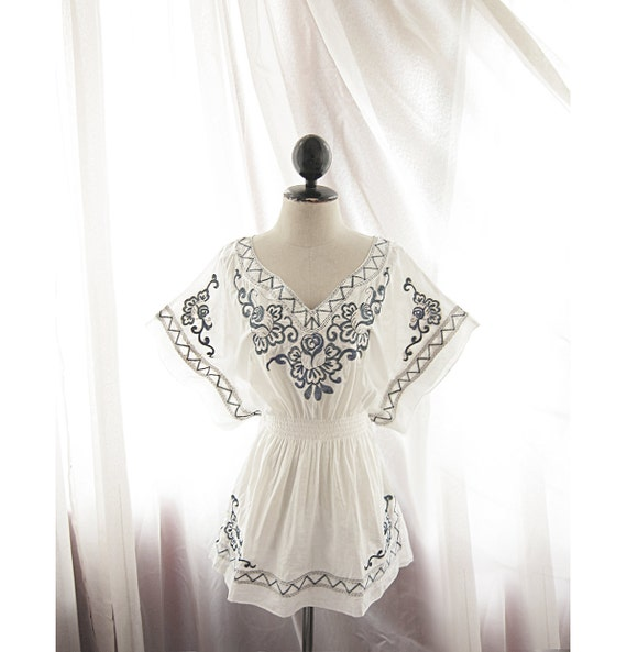 White Bohemian Navy Blue Floral Lotus Embroidered Hippie Gypsy Summer Indie Moroccan Butterfly Wings Motif Kimono Cotton Kaftan Tunic Dress