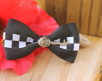 Skull Hair Bow, Night Wish Skeleton Key  Gothic Hair Bow By: Tranquilityy