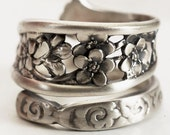 Sterling Silver Spoon Ring with Elegant Floral Forget Me Not pattern in Antique Whiting ca. 1885, Handmade Botanical Ring, Adjustable (5972)