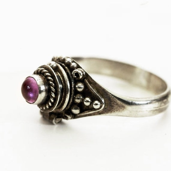 vintage poison ring with purple amethyst by