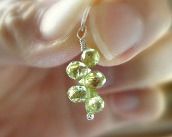 Dainty SMALL Peridot Teardrop Cluster Pendant - AA Quality / DELICATE Luxe Jewelry, Unique August Birthstone Dangle