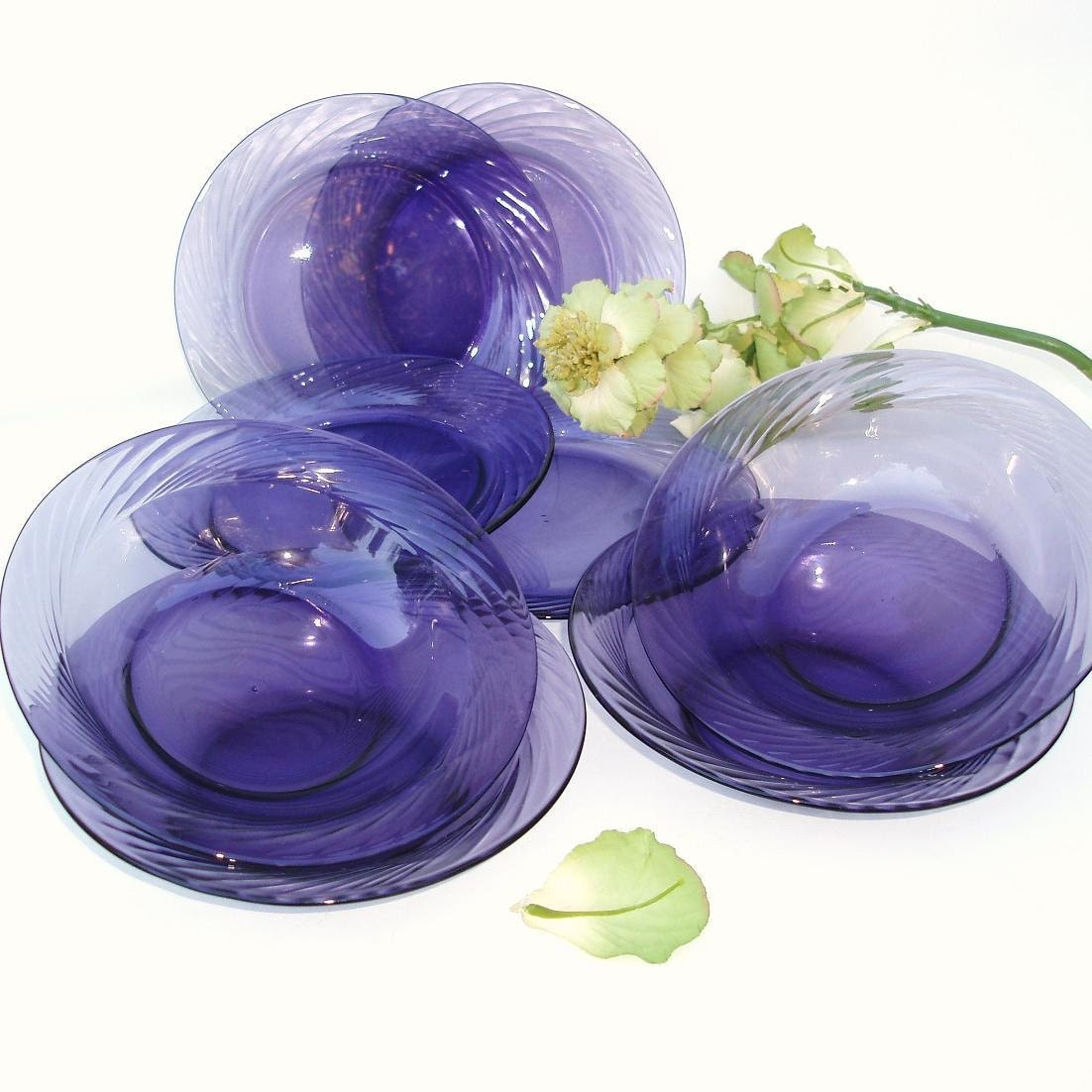 Vintage Purple Pyrex Dishes Amethyst Glassware Glass Plates