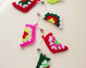 Christmas Stocking Holiday Crochet Pattern  - pdf ebook crochet EASY Christmas tree ornament - granny chic crochet - Instant DOWNLOAD