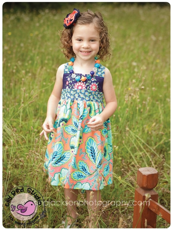 Lily Bird Studio PDF Sewing Pattern - Spring dress - perfect flower girl dress - 1 to 10 years - FREE Shipping