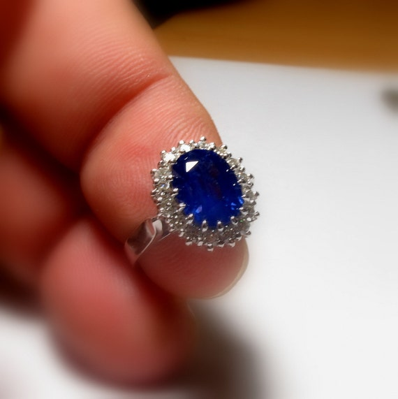 on hold certified royal blue sapphire ring princess diana