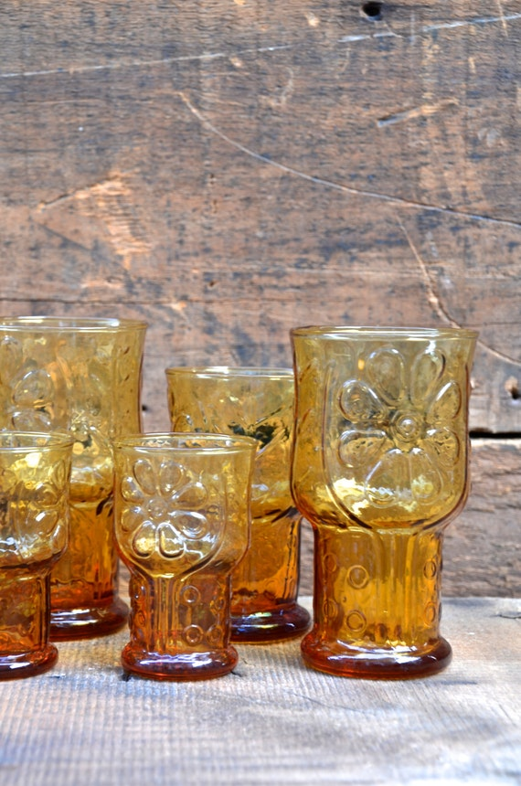 Vintage Libby's COUNTRY GARDEN Daisy Glasses, 5 Inch Water Glass Size