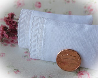 Miniature Set of 2 White Pillows with Feathered Scallop Trim  - 1:12 scale, One Inch Scale