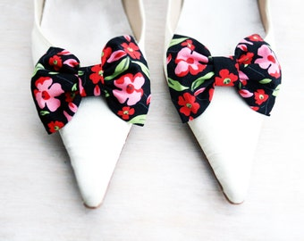 Flower Shoe clips, black and red flowers Bow tie, Shoe Bow tie clips, Prop, Photographer, Bridal blue bow, Wedding bow tie