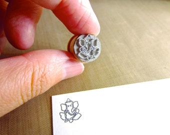 Ganesh XSmall Stamp Y009
