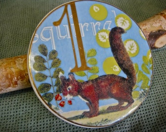 Squirrel Collectible Ceramic Coaster Red Squirrel Eating Red Flowers SO CUTE Gold Painted Edging Number 1 Woodland Collectible