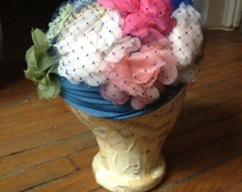 1950's Bright Floral Hat