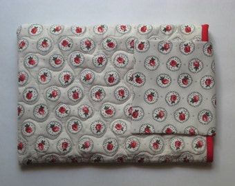 "13"" Laptop Case Padded Computer Sleeve Quilted Floral Red Rose Design Macbook Pro or Air Cath Kidston Back to School College"