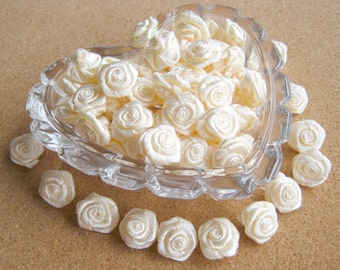 White Sweet Love Rose Ribbon, White bow, white rose, 50 pcs. rose applique, fabric rose, ribbon, fabric bow, wedding, party, card decorate,