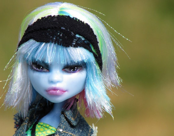 "ON HOLD for Rayna -Monster High OOAK - ""Suzette"" - Abby Bominable custom doll partial reroot"