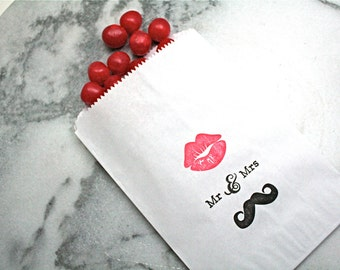 Candy buffet bags, wedding cake bags, candy station bags, favor bags. 50.  Mustache and lips with Mr and Mrs text in black and red.