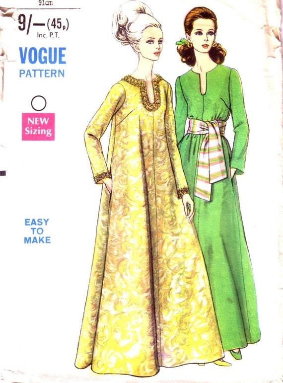 CIJ 10% off Vogue Caftan Pattern 7497 / Vintage sewing pattern