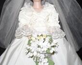 The Danbury Mint, Princess Diana, Porcelain, Special Edition, Portrait, Wedding, Diamond, Doll, Box, Stand and Original Certificates