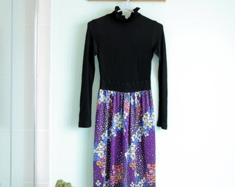 Vintage maxi purple and black dress