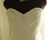 Beaded Lace Sweetheart Neckline Short Length Wedding/Bridal Dress
