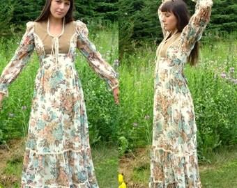 Vintage 70s Gunne Sax Floral Peasant Dress (Size 4)