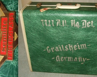 GREEN FIBERGLASS SUITCASE luggage bag Semilite Gold Dot Vintage Servicemen Germany Excellent Condition Rare Eames Herman Miller Mad Men era