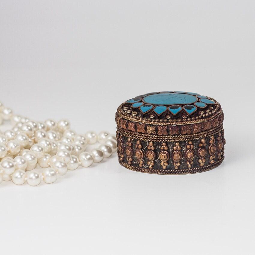 Copper jewelry box tiny ring jewelry box metal oval jewelry for Indian jewelry in schaumburg il