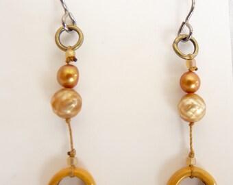 Gold Enamel Ring & Freshwater Pearl Earrings Niobium Ear Wire