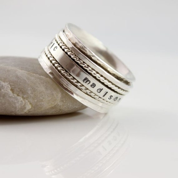 mothers spinner ring personalized name by tinydaisiesdesigns