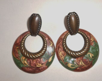 Pierced earrings, vintage dangle earrings 1980s door knocker enamels bronze gold and green