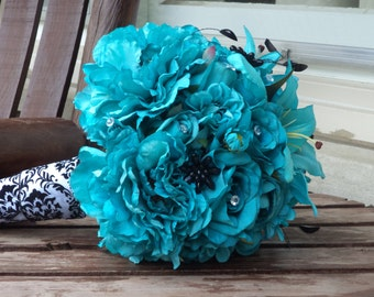 Teal Silk Bridal Bouquet and Grooms Boutonniere / Silk Wedding Flowers / Silk Bridal Buquet / Artificial Flowers / Teal Wedding Flowers