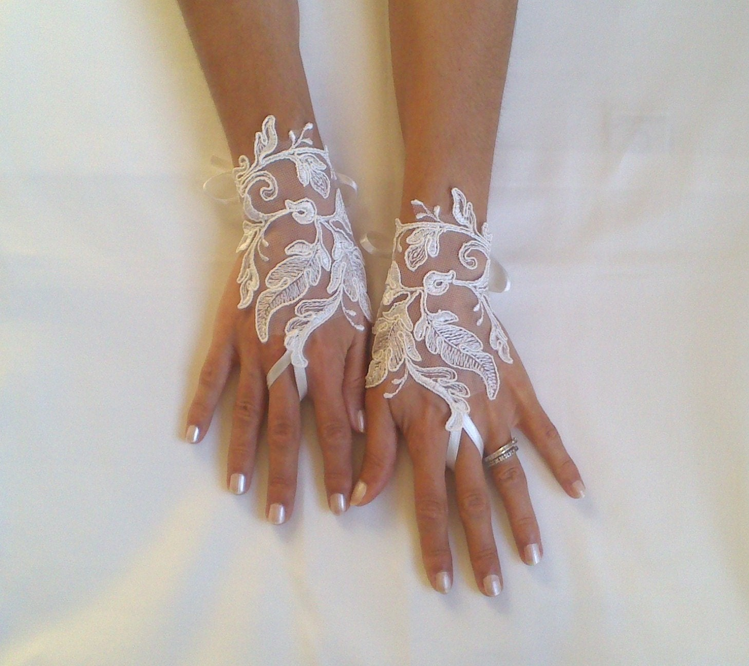 Bridal Gloves Wedding Gloves Ivory Lace Gloves Fingerless