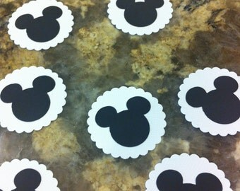 Mickey Mouse Die Cut with White Scallop Background, set of 12