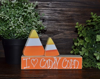 Candy Corn Halloween Decor, Shelf Sitter, I Love Candy Corn Mantle Decoration, Primitive Halloween Decorations, Candy Corn Block Set