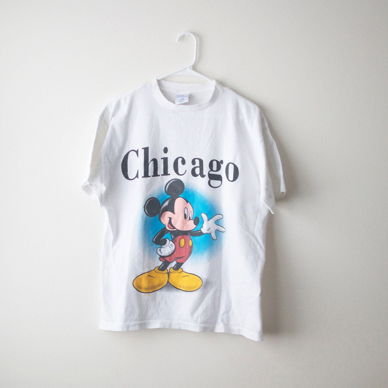 retro mickey mouse chicago t shirt. Black Bedroom Furniture Sets. Home Design Ideas