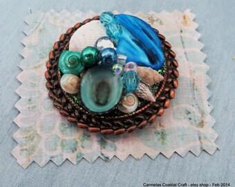 Teal Sea shell brooch_beach shell pin_beach jewelry_mermaid pin_beach wedding jewelry