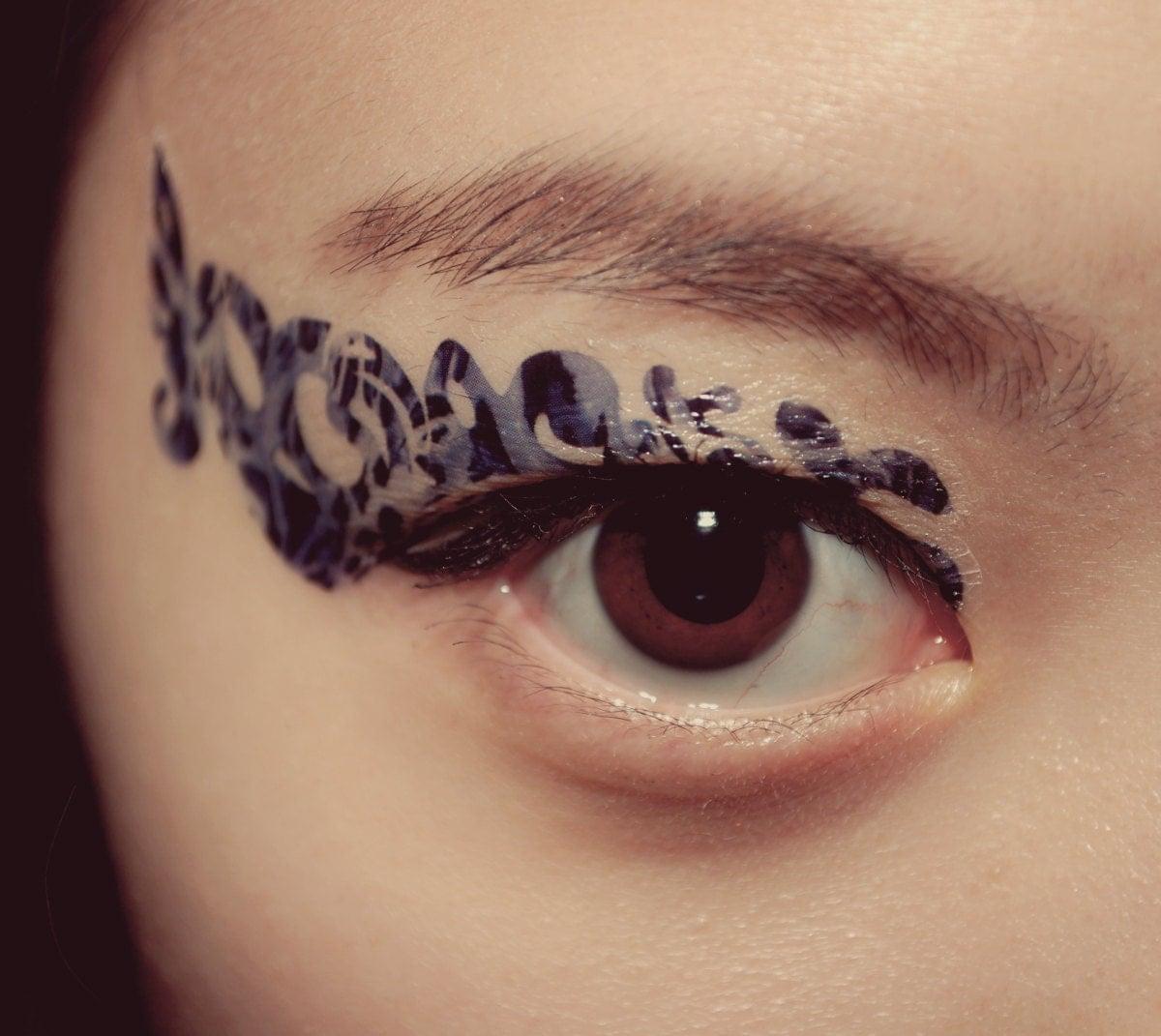 Temporary tattoo eye makeup eyeshadow blue snow ice leopard for Eye temporary tattoo makeup