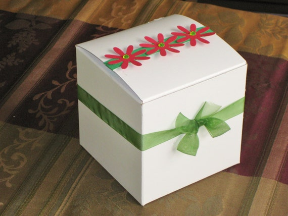 Etsy Cake Favor Boxes : Items similar to cupcake box cookie christmas favor