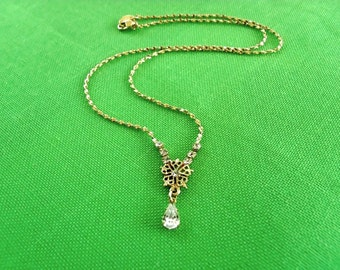 Vintage NR Rhinestone Pendant Necklace (Item 289)