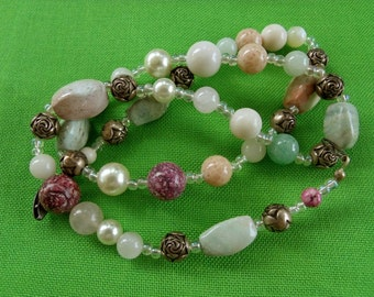 Vintage Glass Bead Necklace (Item 770)