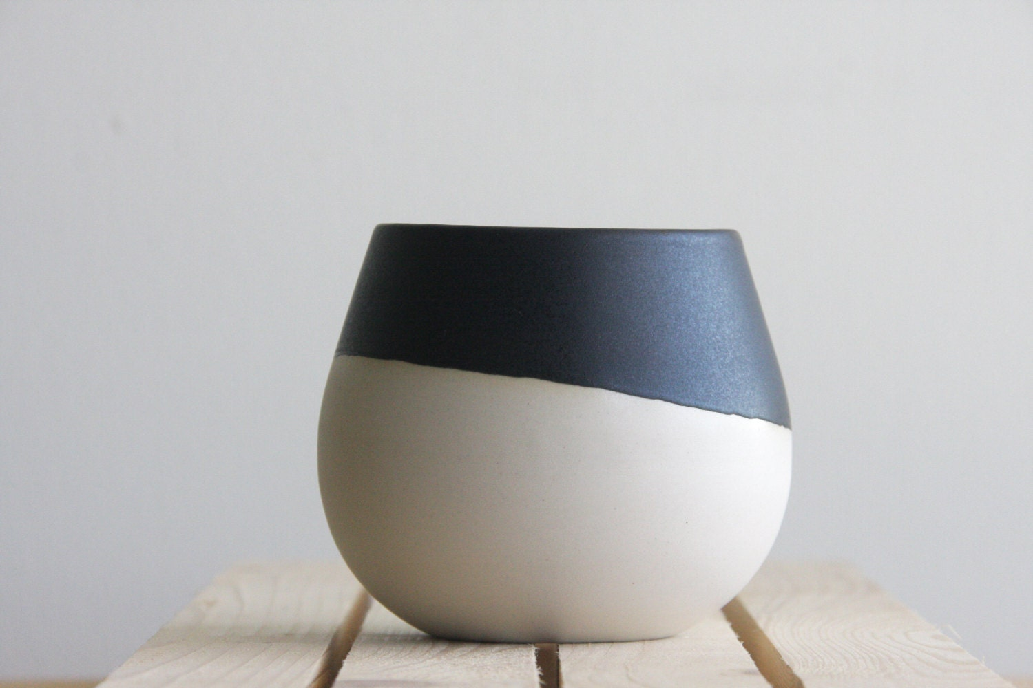 Ceramic Bowl In White With Black Matte Glaze Serving