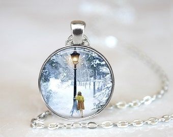 "Narnia, The Lion The Witch and The Wardrobe, Lucy and Lamp-Post Necklace, 24"" chain."