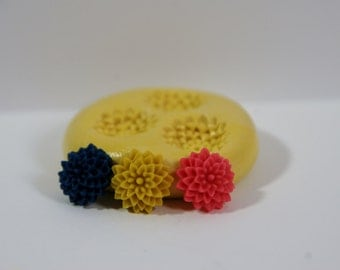 0015-Tiny  Chrysanthemum Cabachon Silicone Rubber Flexible Mold-resin, clay, polymer clay, candy, soap, wax, cake decorating, fondant