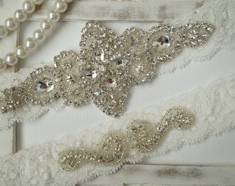 Wedding Garter, Bridal Garter Set - Ivory Lace Garter, Keepsake Garter, Toss Garter, Rustic Wedding - Style 100A