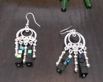 Elegant pixelated earrings