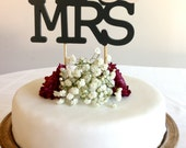 Mr & Mrs - Modern (Stacked) Wedding Cake Topper With Ampersand Accent