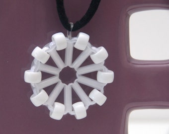 White Othelma - Recycled plastic & fabric necklace