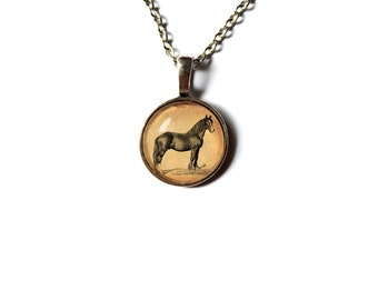 Antique style horse pendant Equine jewelry Vintage looking NW177
